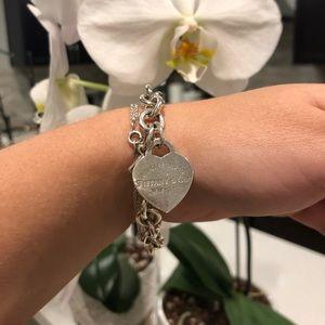 Authentic Tiffany's Heart loop bracelet!